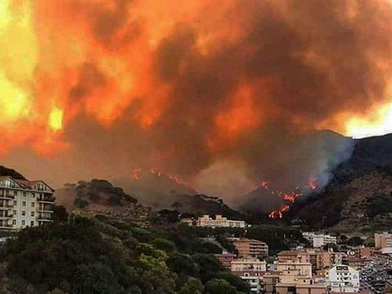 Sicilia Che brucia